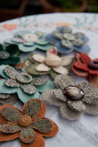 More flower brooches